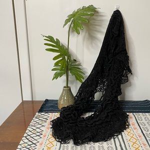 BETSEY JOHNSON infinity scarf loose knit
